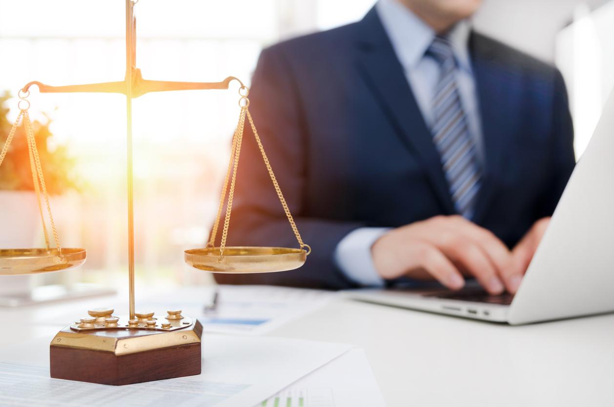 Pourquoi avoir recours à un avocat droit commercial paris ?